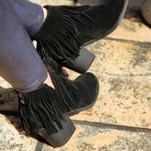 NEW BLACK FAUX SUEDE FRINGE ANKLE BOOTIES